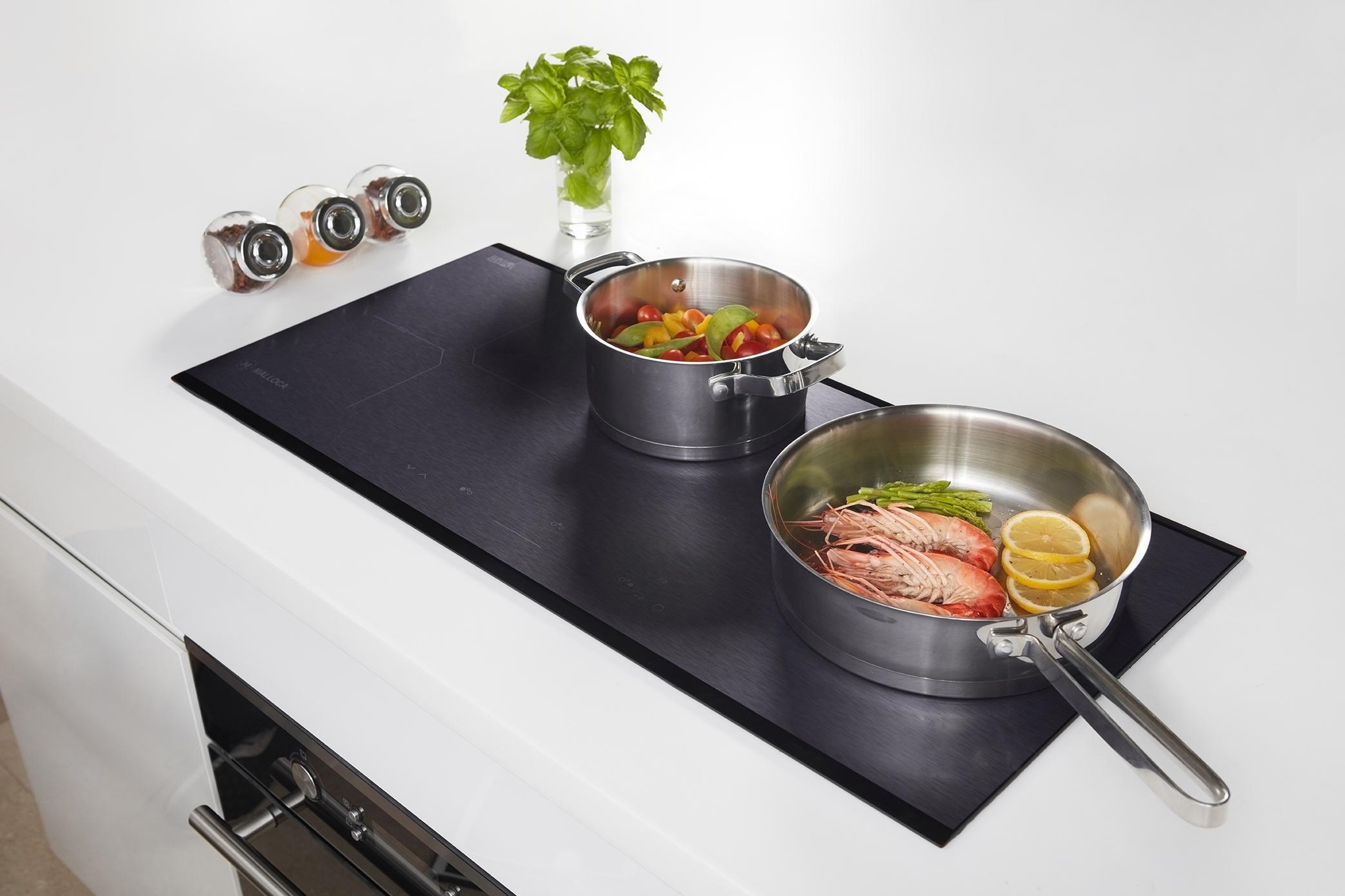 Bếp từ MH 02IS – mặt bếp ứng dụng kim loại xước lấp lánh